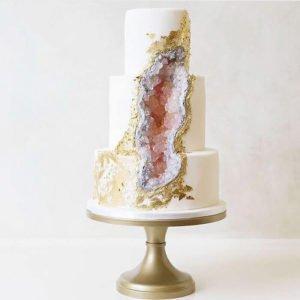 نقش ژئود بر روی کیک های عروسی