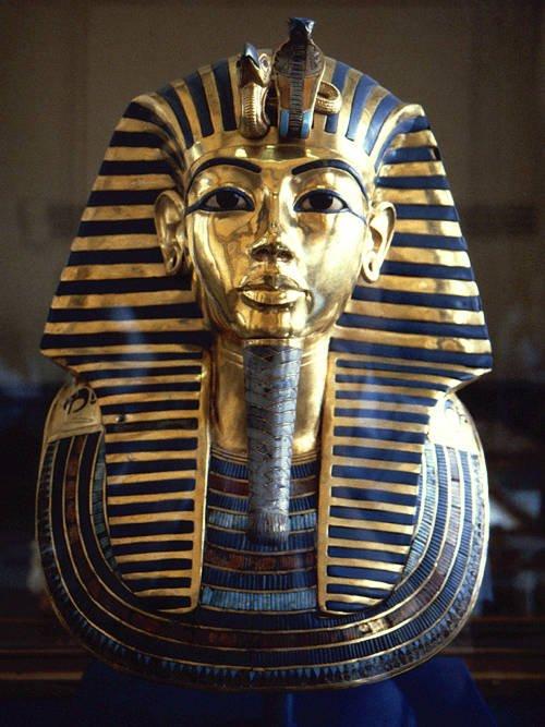 ماسک فرعون مصر توت آنخ آمون از جنس طلا و فیروزه